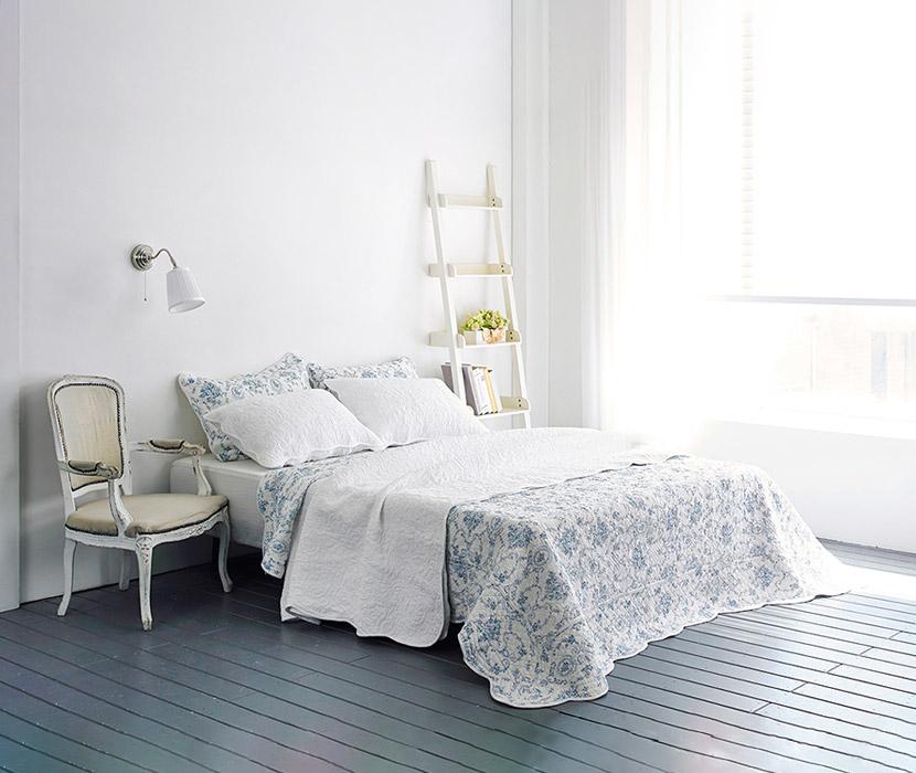 Aqua Spread & Pillow Cover